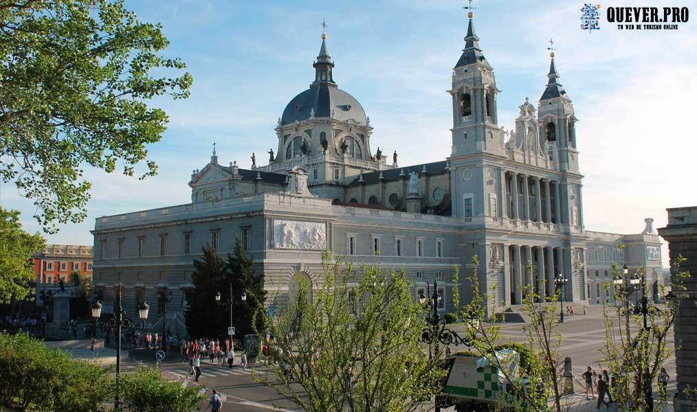 Catedral de la Almudena Comunidad de Madrid