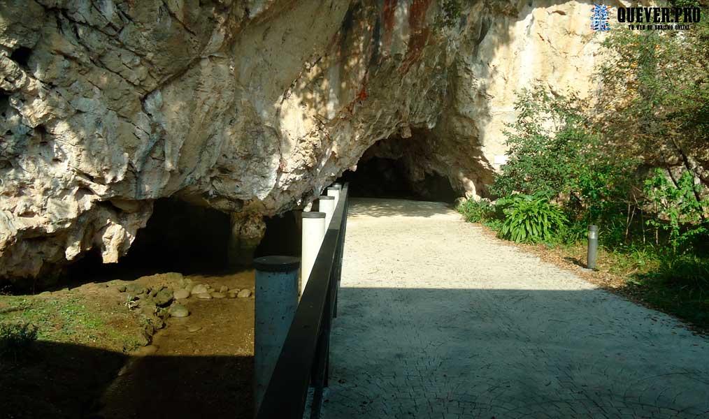 Cuevas de Tito Bustillo Ribadesella