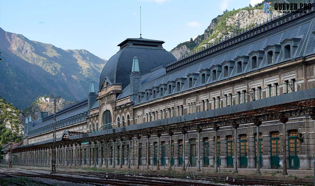 Estación Internacional de Canfranc Jaca