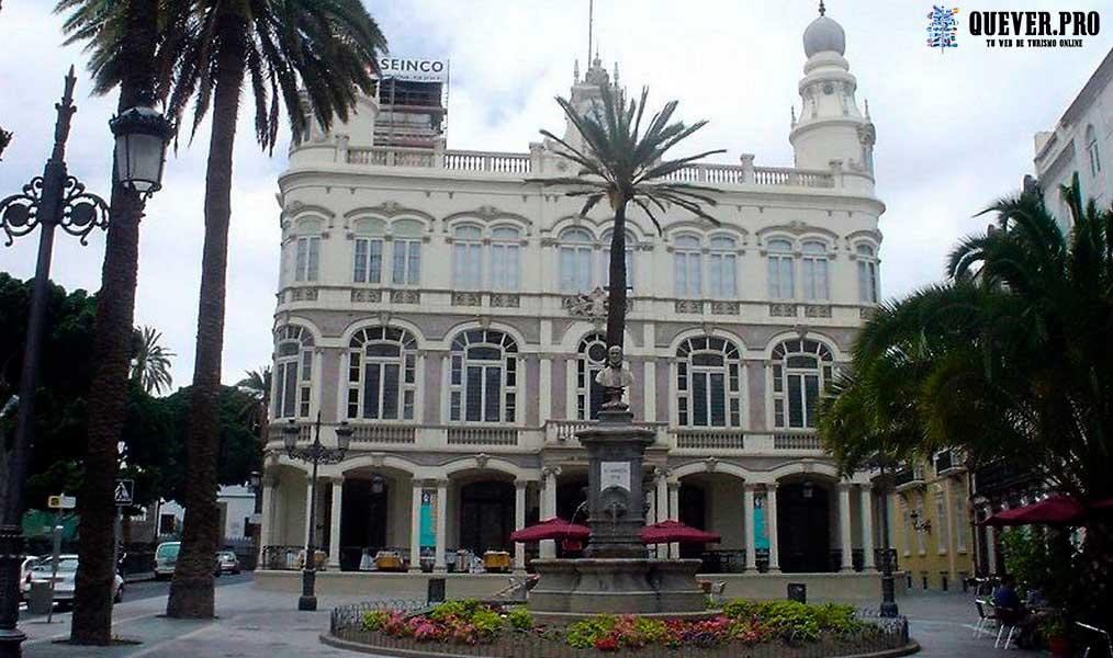 Gabinete Literario en Triana Las palmas de Gran Canaria
