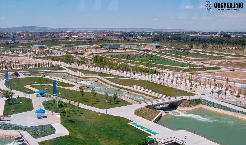 Parque de agua Luis Buñuel Zaragoza