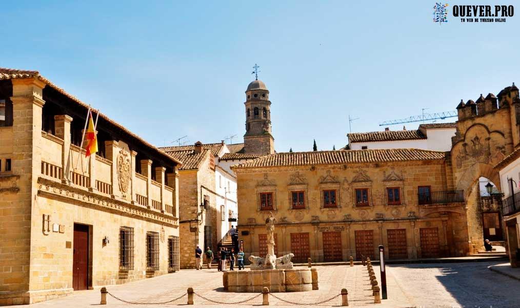 Plaza del Pópulo Baeza